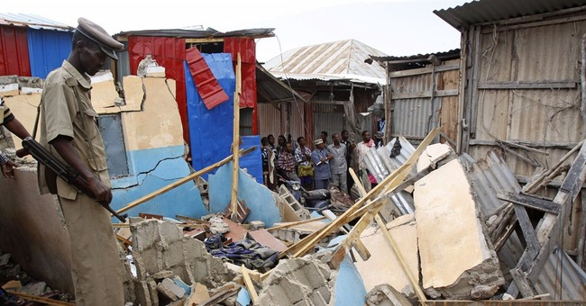 Explosion in busy part of Somali capital kills 2