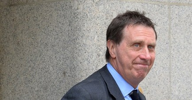 Ex-editor Coulson faces retrial on bribery charges