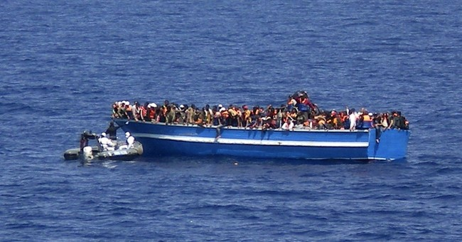 Italy navy finds 30 corpses in migrant boat