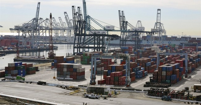 Dockworkers' contract expires, but trade continues