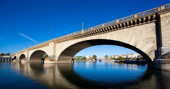 Correction: Arizona's London Bridge story