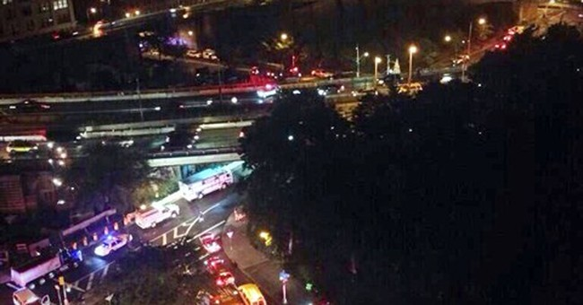 No structural harm in Brooklyn Bridge facade fall
