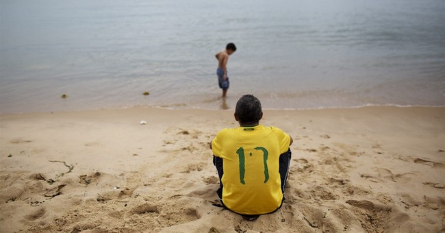 Brazil takes breather on World Cup rest days