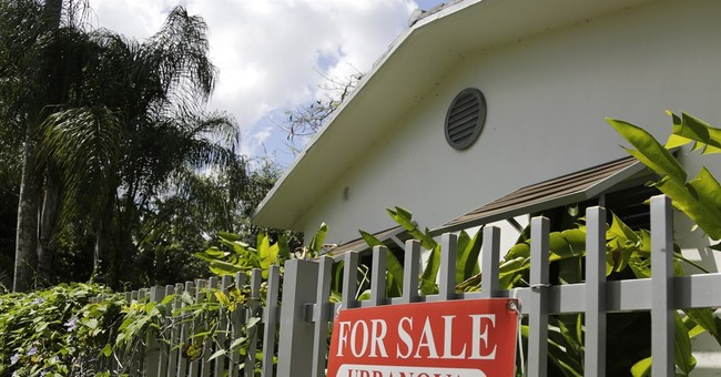 Average rate on 30-year mortgages dips this week