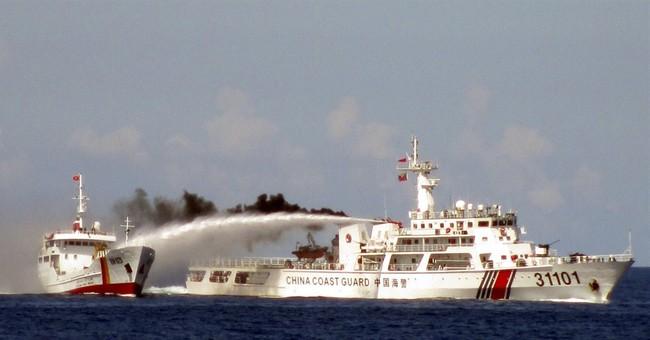 Chinese patrol ships arrest 6 Vietnamese fishermen