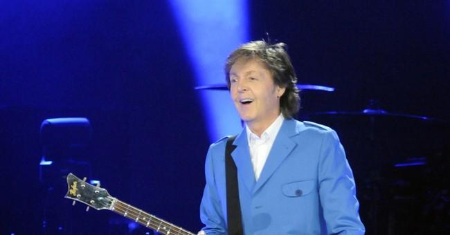 McCartney returns to stage after hospitalization