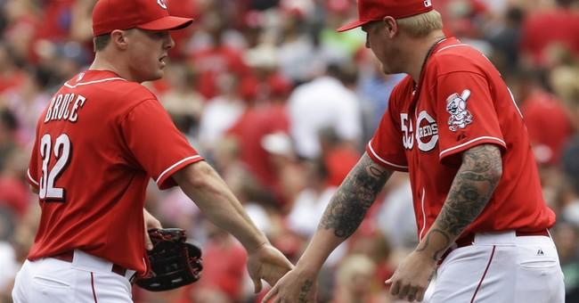 Bruce HR breaks slump, sends Reds over Brewers 4-2