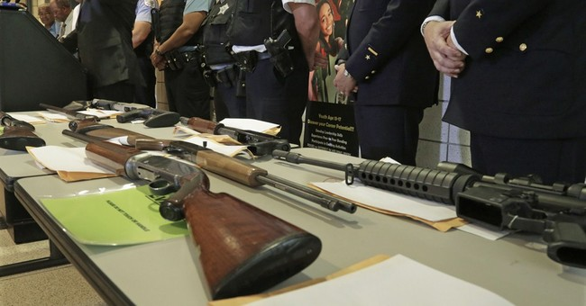 14 killed, dozens hurt in Chicago shootings