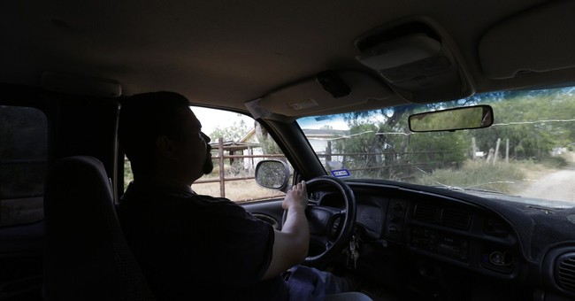 In deep South Texas, a daily tide of poor migrants