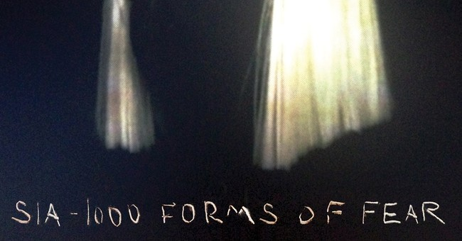 Review: Sia, writer for Rihanna, Beyonce, shines