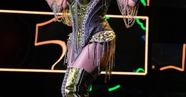 'Kinky Boots' star prepares for high-kicking tour