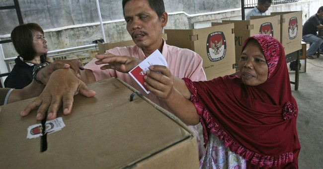 Widodo leads early results in Indonesia election