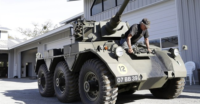 Military tanks to be auctioned in California