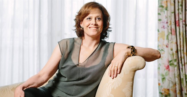 Sigourney Weaver reprises 'Alien' role in new game
