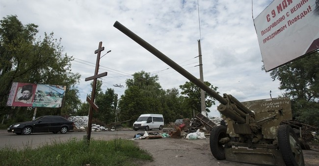Rebel governor losing hope of Russia intervention