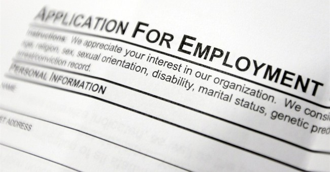 US unemployment aid applications fall to 304,000