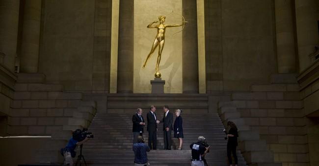 Philadelphia museum's golden goddess glows again