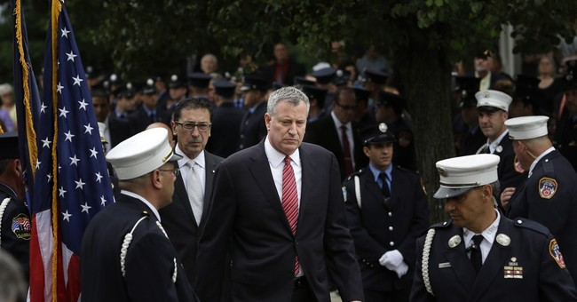 Thousands appear for NYC firefighter's funeral