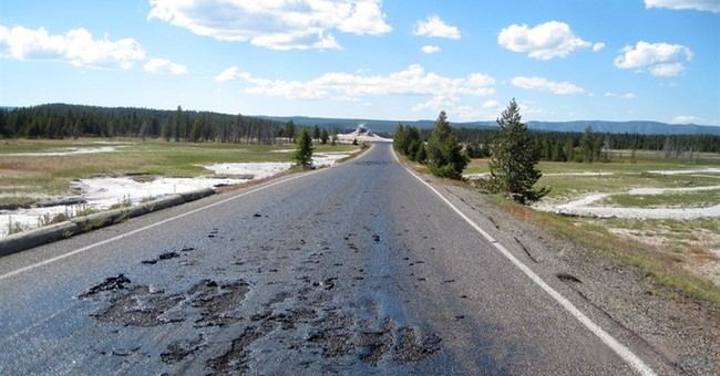 Hot spot: Yellowstone road melts, sites closed