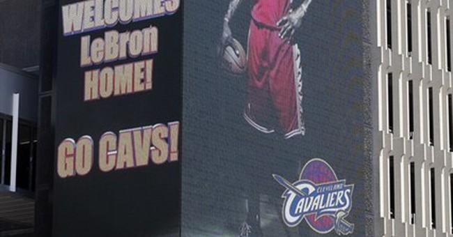 LeBron James returns to Cavs: 'I'm coming home'