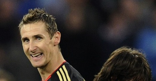 World Cup final: Magical Messi or united Germany?