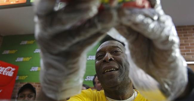 Pele remembers despair of last Maracana final