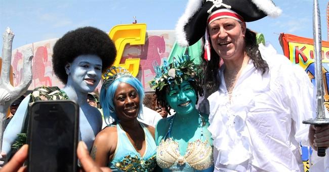 NYC Mayor Bill de Blasio isn't afraid to be goofy