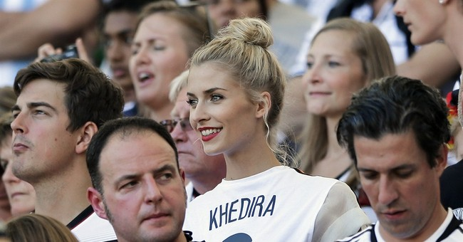 Goetze scores late to give Germany the World Cup