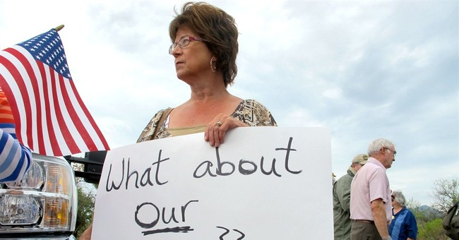 Arizona protesters rally in immigration debate