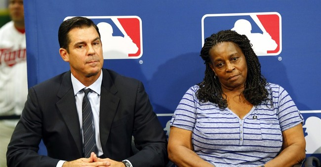 MLB appoints Billy Bean consultant for inclusion