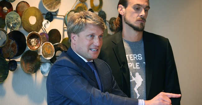 Chris Kluwe's lawyer threatens to sue Vikings