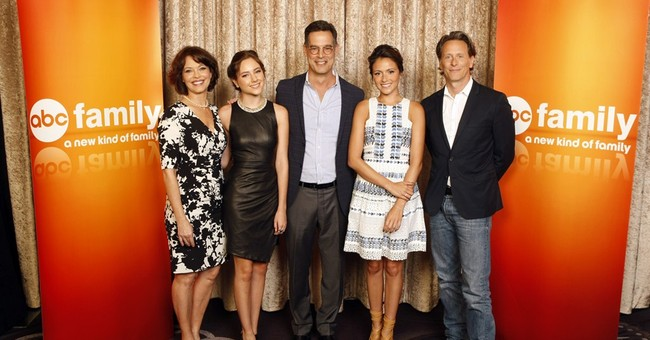 Steven Weber welcomes new 'Chasing Life' role