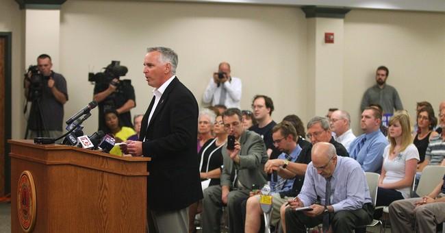 Atheist opens NY meeting; top court OK'd prayers