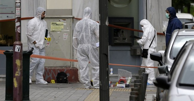 Greek extremist shootout triggers mass search