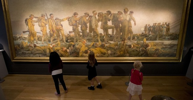 UK museum looks at epic, intimate sides of WWI