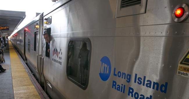 Strike by NY commuter rail workers averted