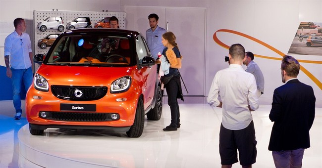 Daimler launches new version of tiny Smart car