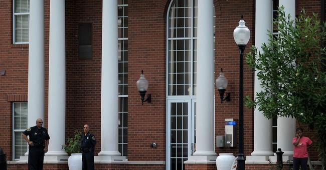 Bomb hoax shuts down Louisiana campus