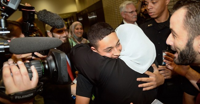 American teen beaten in Mideast back home in Fla.