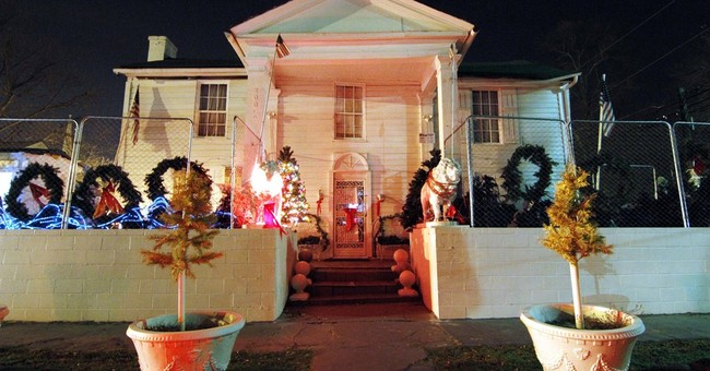 Owner of offbeat Elvis museum found dead