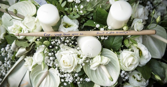 Distraught Dutch mother: 'Send my children home'