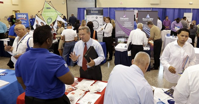 US companies report rising sales, employment in 2Q