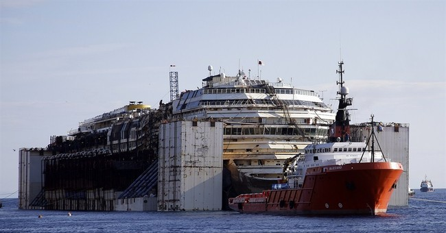 Shipwrecked Concordia making final voyage off isle