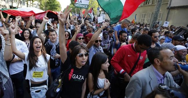 Thousands attend tense pro-Gaza march in Paris