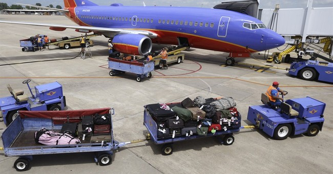 Airlines report big 2Q profits on strong demand