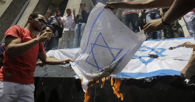 In Gaza war, Egypt taking hard line over border