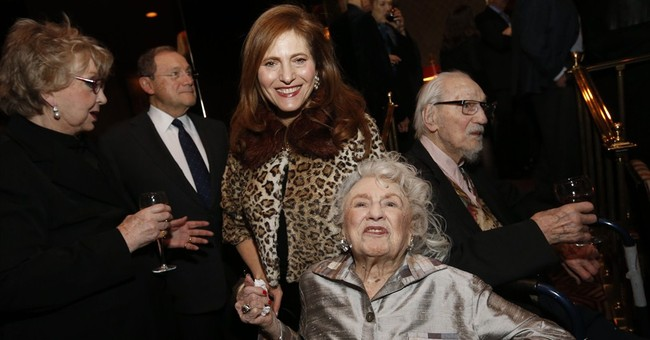 'Up the Down Staircase' writer Kaufman dies at 103