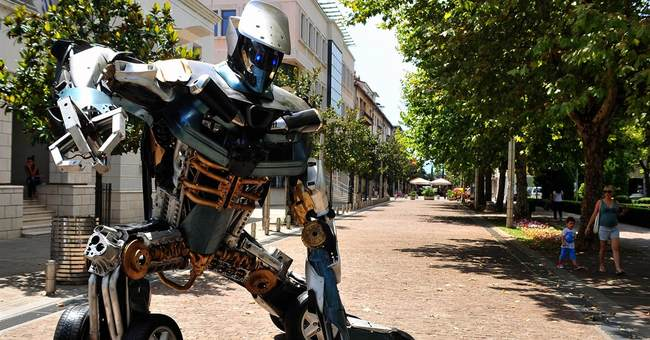 Scrap-metal Transformers on mission to save planet