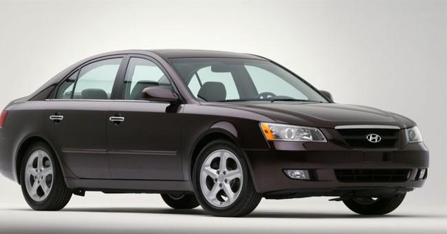 US agency probes Hyundai Sonata air bag problem