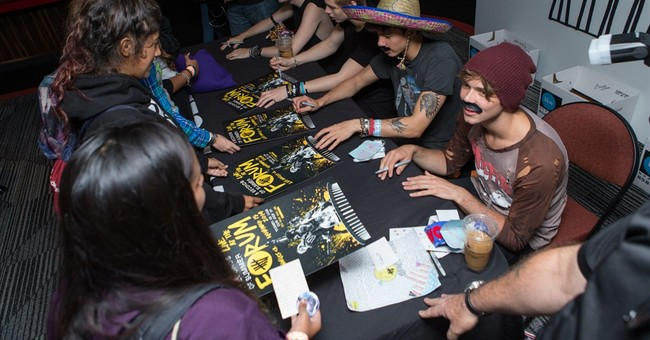 5 Seconds of Summer get hands-on with ticket sales